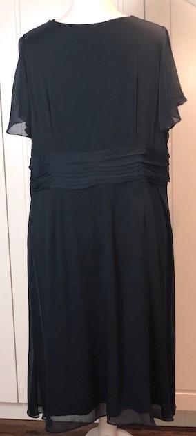 Elegantes Damen Sommerkleid Pailletten Verzierung Sheego Style Gr 54